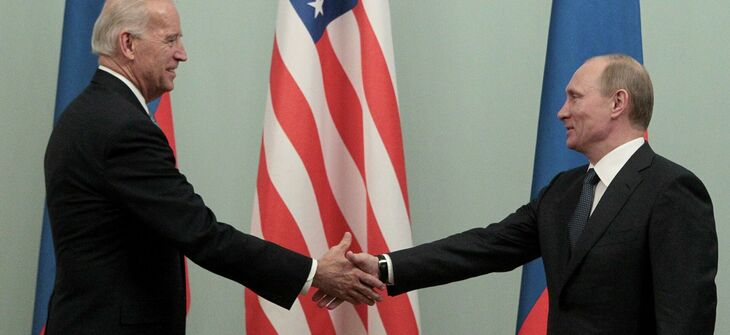 Biden spoke with Putin about Ukraine and offered to meet in a third country