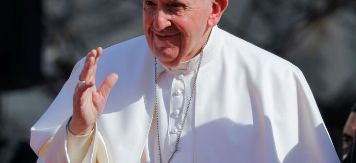 Pope visits Iraqi Christians, victims of US foreign policy