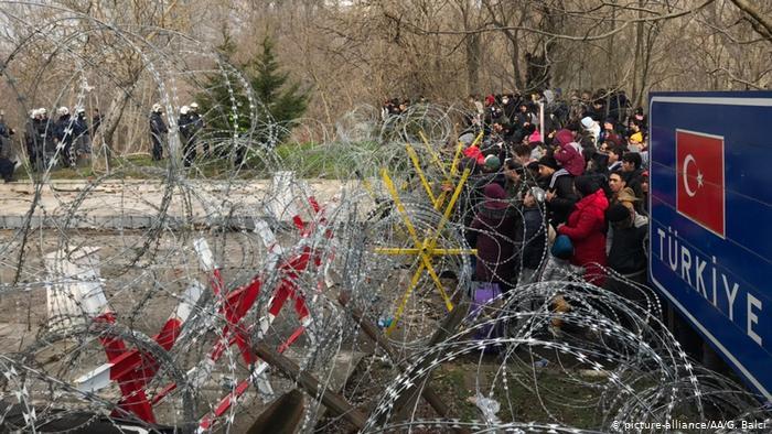 Новые волны беженцев и эхо революции в Украине: Топ-5 событий недели