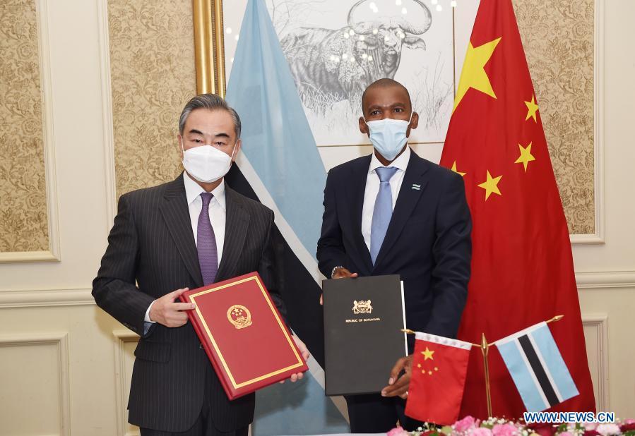 Китай продолжает укрепляться в Африке