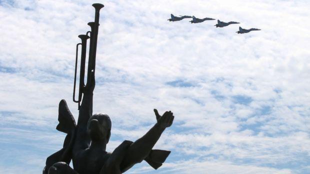 75 років Перемоги, Парасюк зізнався в розстрілах на Майдані: Топ-5 подій тижня