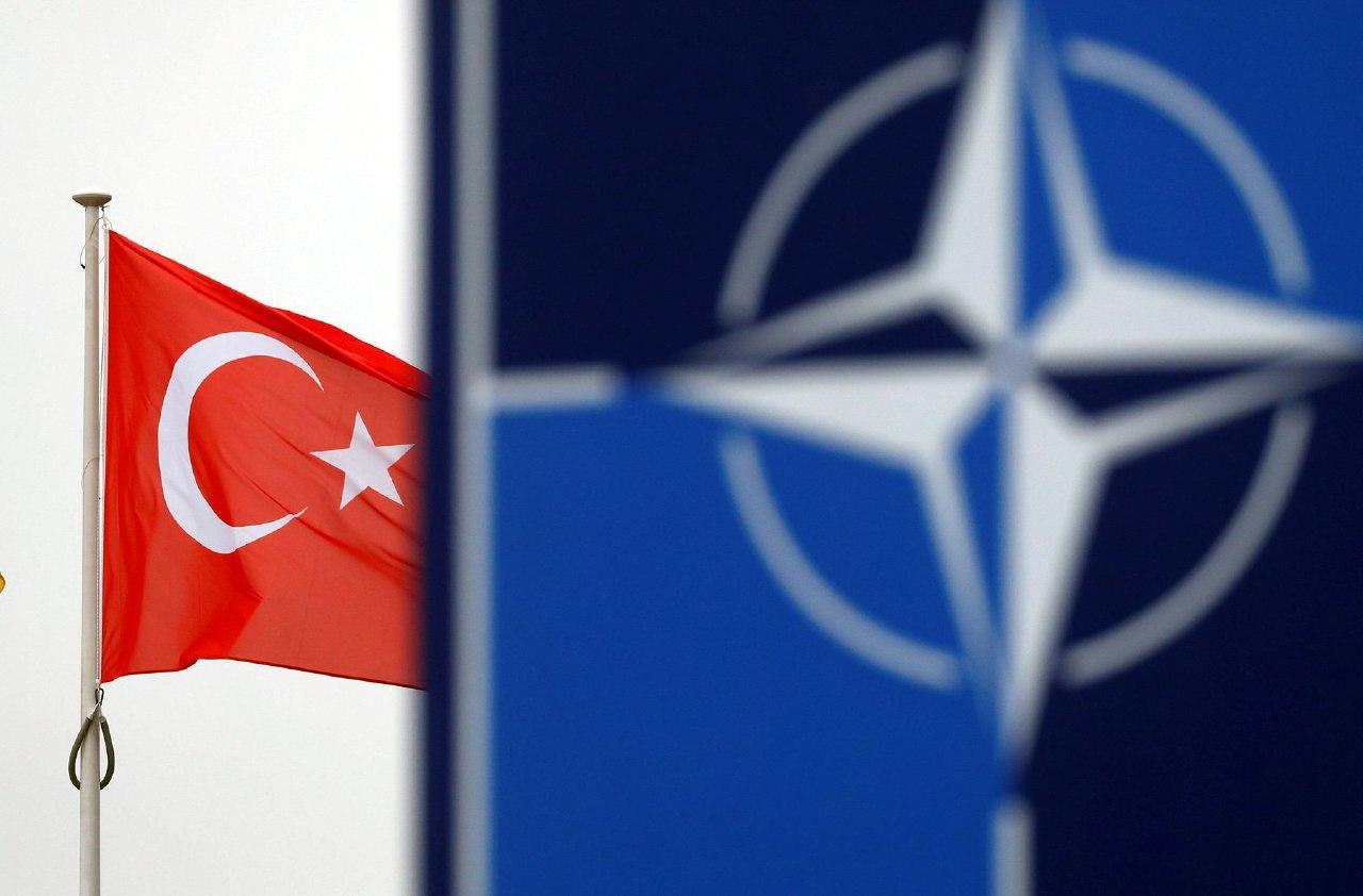 Війна всередині НАТО?