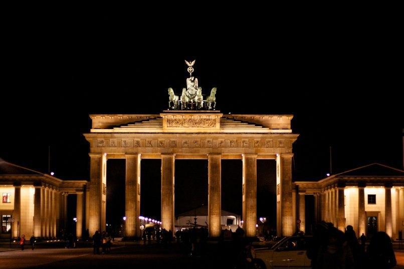 З моменту обєднання Німеччина пережила свої найкращі 30 років. Наступні 30 років будуть складнішими